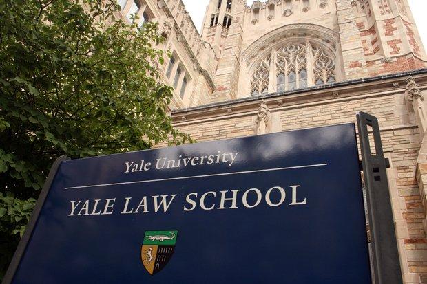 10 Sekolah Hukum Amerika Serikat Terbaik di 2021